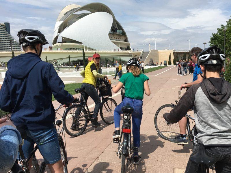 migusti stedentrip met kinderen pubers opvoeden baja bikes
